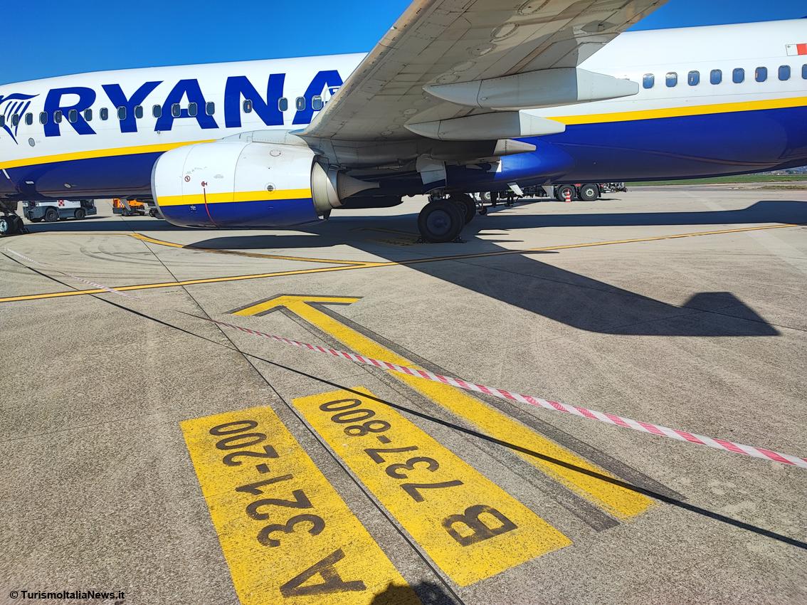 http://www.turismoitalianews.it/images/stories/aeroporto_perugia/AeroportoPerugia04.jpg