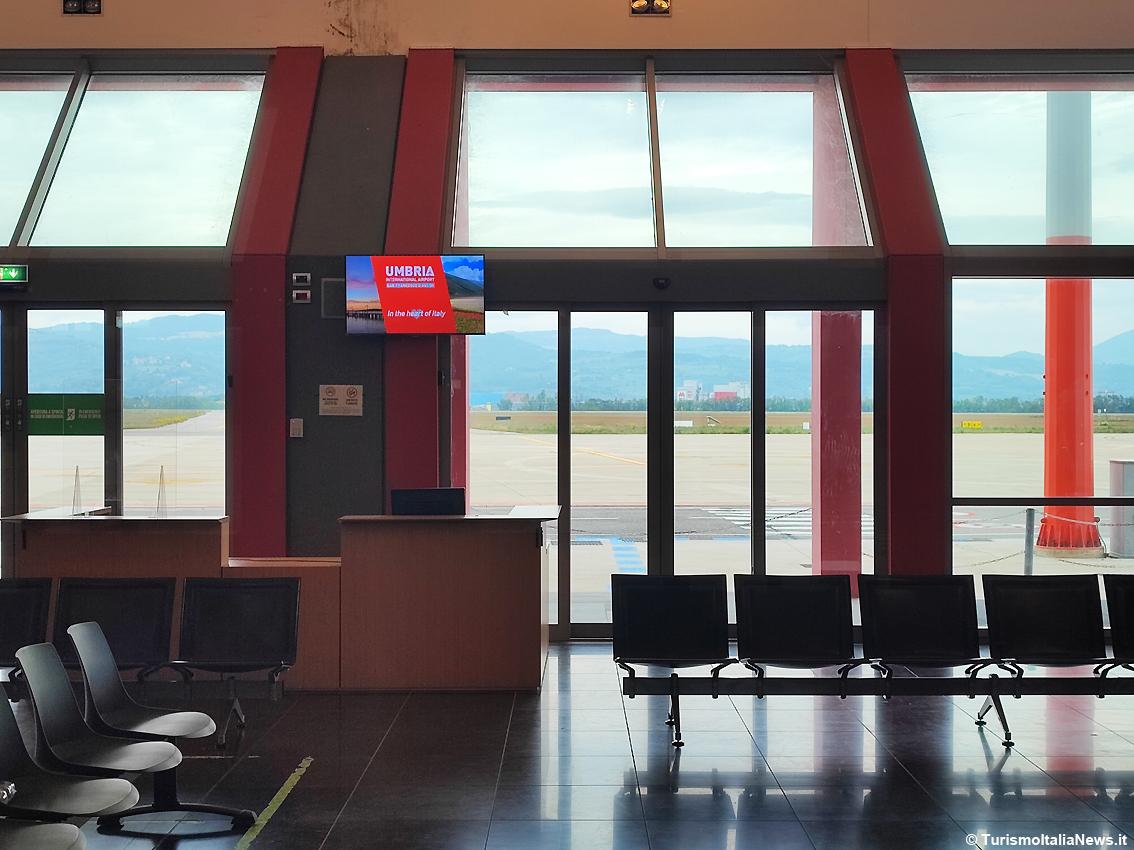 http://www.turismoitalianews.it/images/stories/aeroporto_perugia/AeroportoPerugia4.JPG
