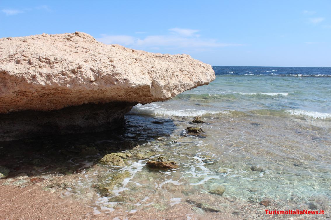 http://www.turismoitalianews.it/images/stories/egitto/SharmElSheikh3.JPG