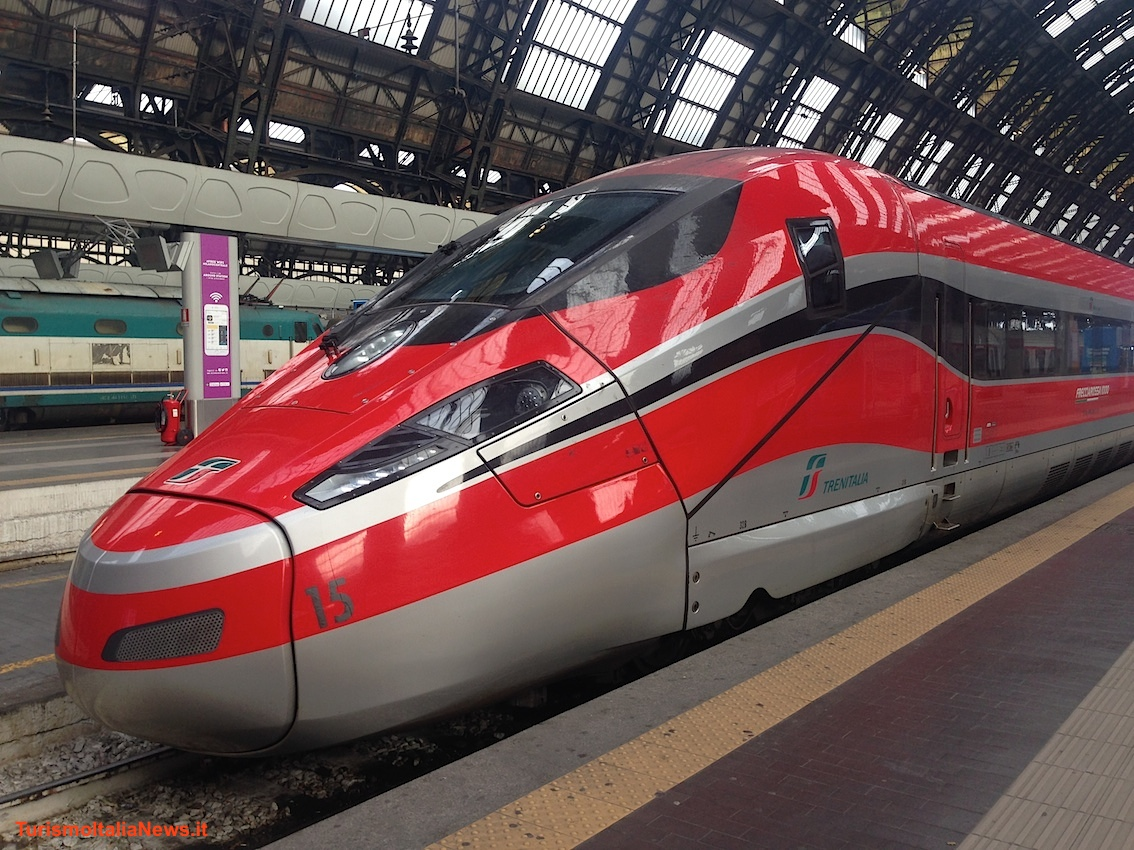 images/stories/ferrovie/Frecciarossa01Milano.JPG