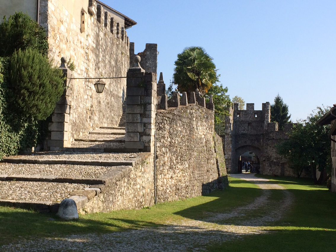 images/stories/friuli/ArcanoCastello1UD.JPG
