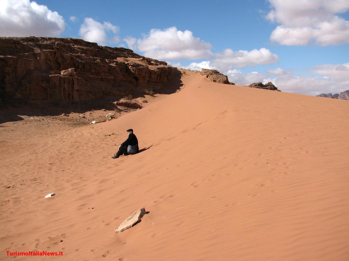http://www.turismoitalianews.it/images/stories/giordania/WadiRum08.jpg