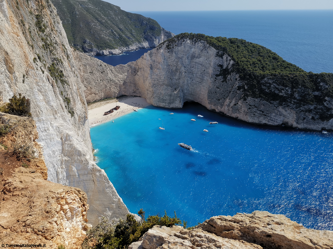 http://www.turismoitalianews.it/images/stories/grecia/Zante1.JPG