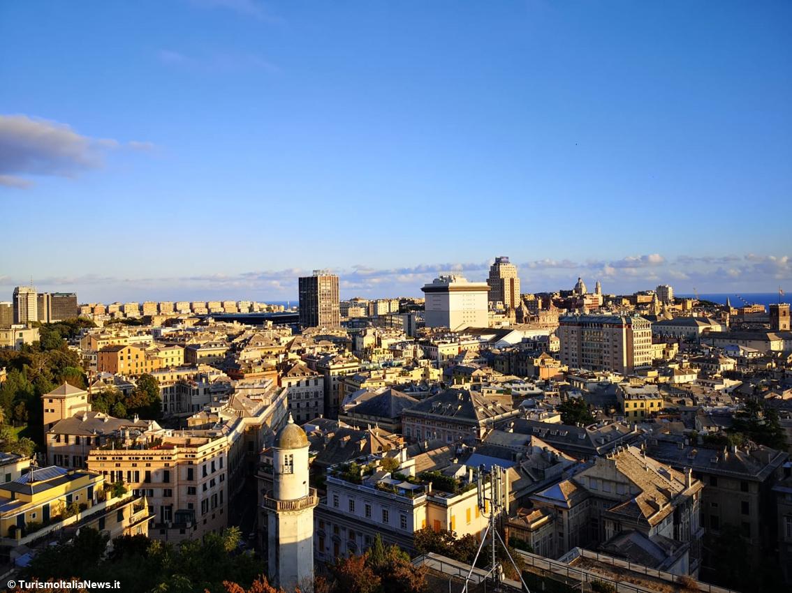 http://www.turismoitalianews.it/images/stories/liguria/Genova09.jpg