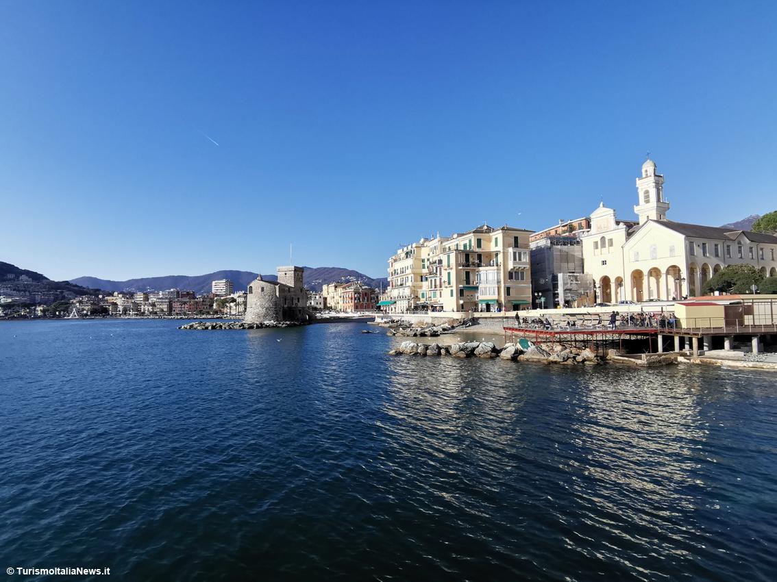 http://www.turismoitalianews.it/images/stories/liguria/Rapallo2.jpg