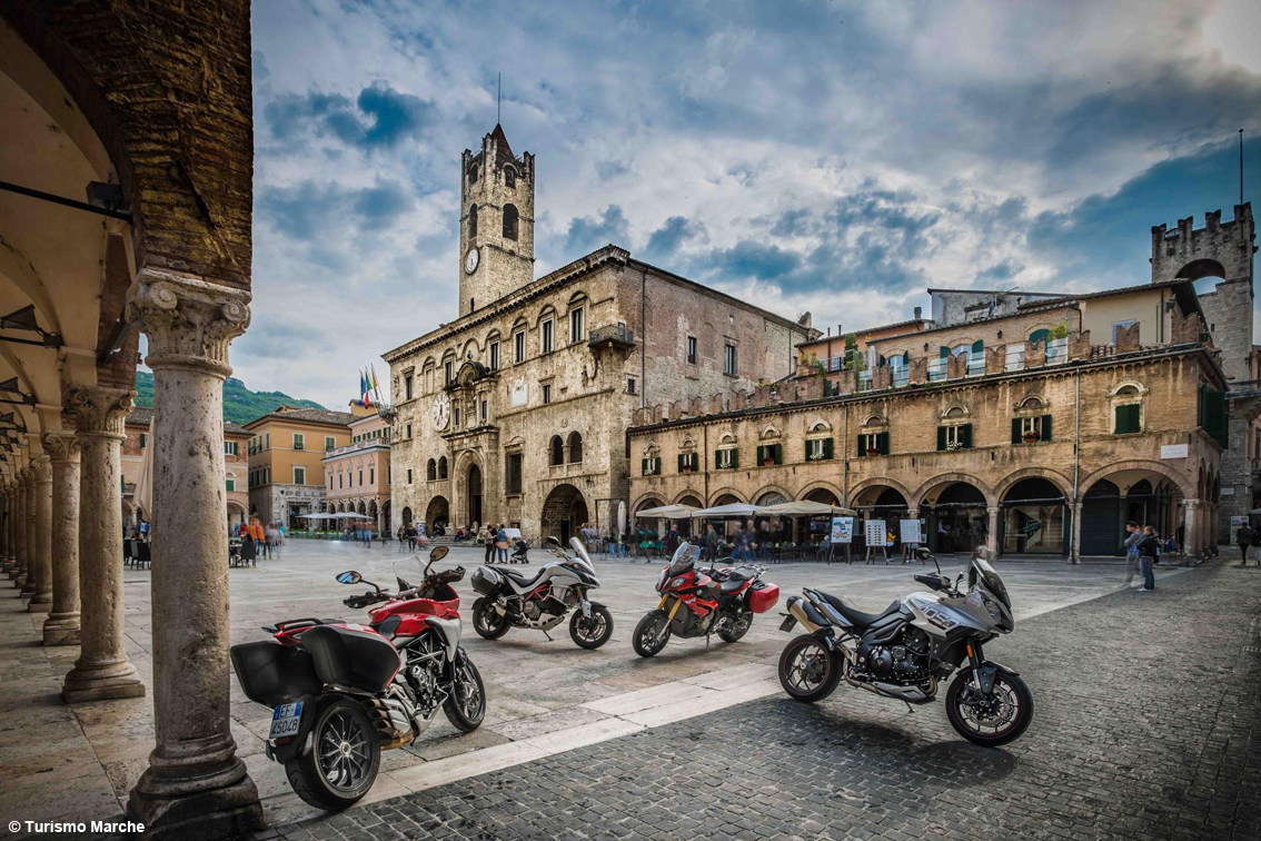 images/stories/marche/AscoliPiceno1.JPG