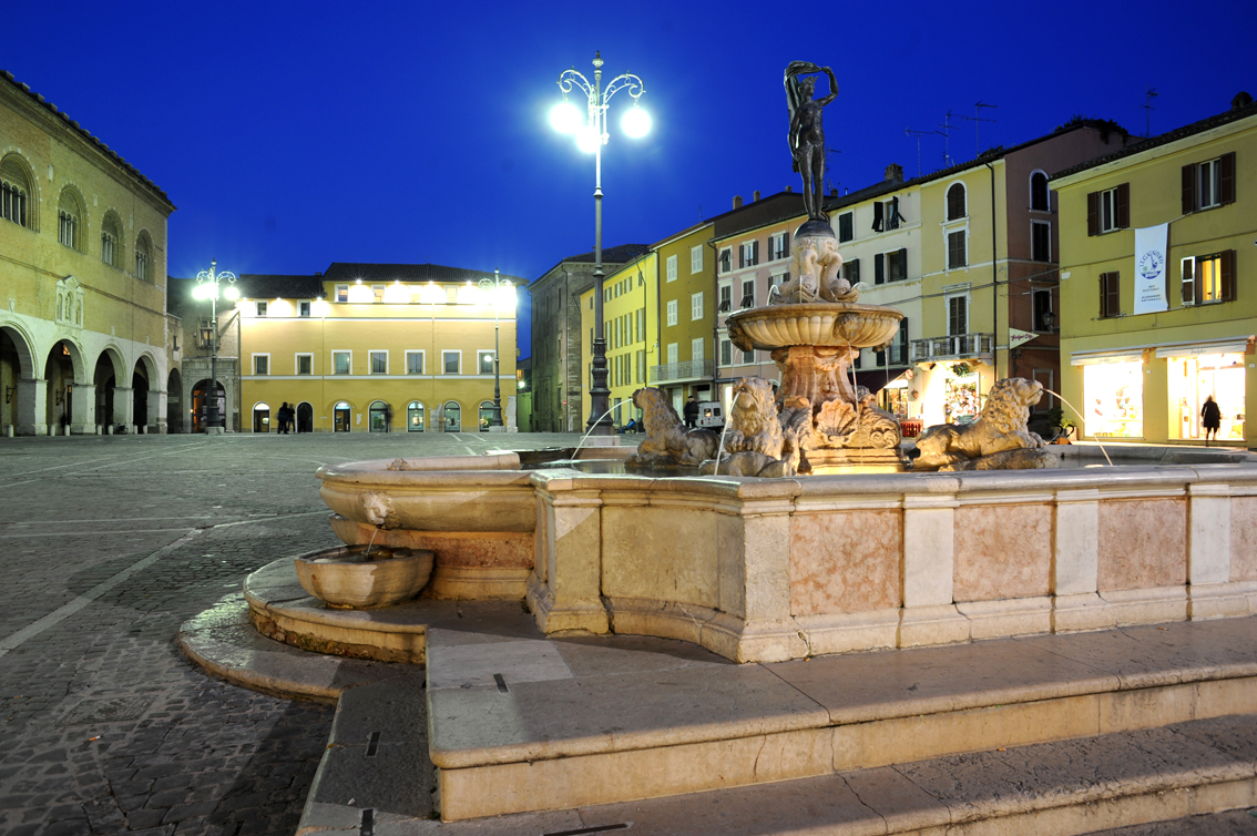 images/stories/marche/Fano01.jpg