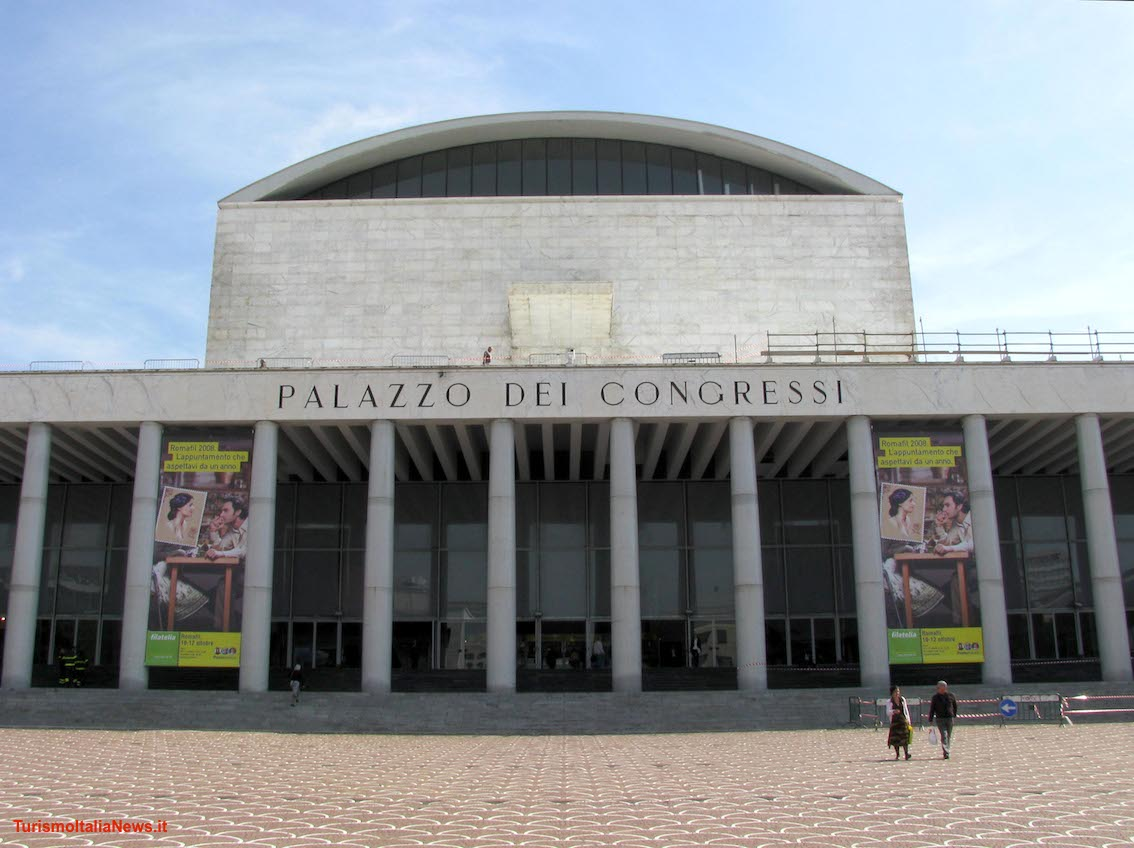 http://www.turismoitalianews.it/images/stories/roma/PalazzoCongressi01.jpg