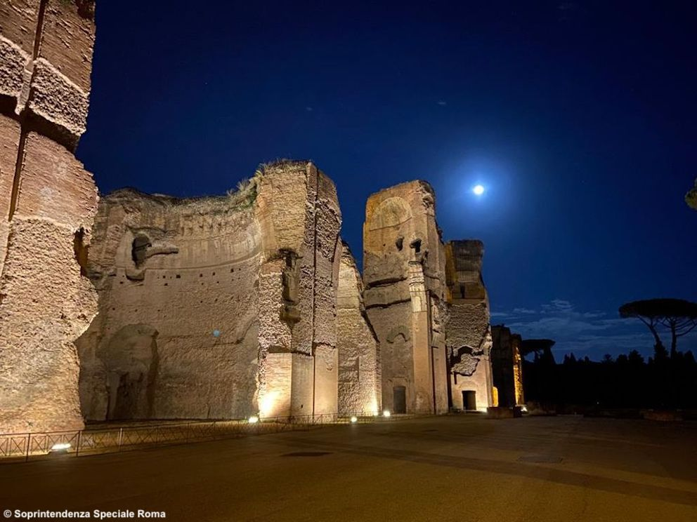 http://www.turismoitalianews.it/images/stories/roma/Terme_di_Caracalla_01.jpg