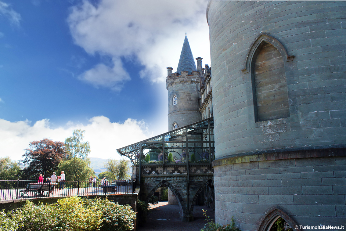 http://www.turismoitalianews.it/images/stories/scozia/InverarayCastle01_Scozia.jpg
