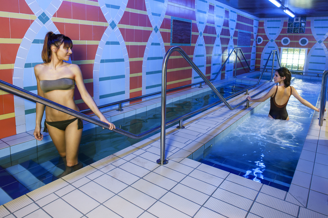 http://www.turismoitalianews.it/images/stories/terme/RiccioneTerme01_Coter.jpg