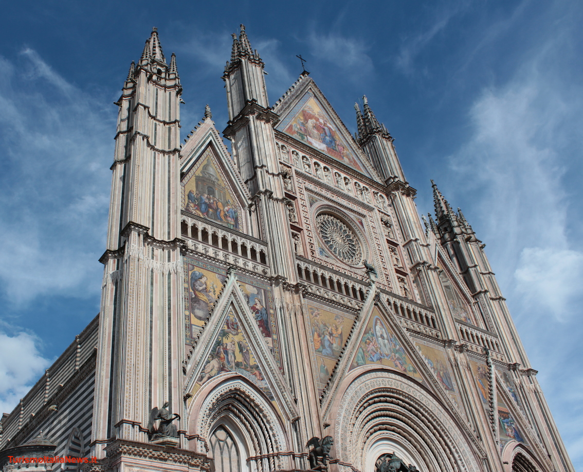 images/stories/umbria_Orvieto/DuomoOrvieto04.jpg
