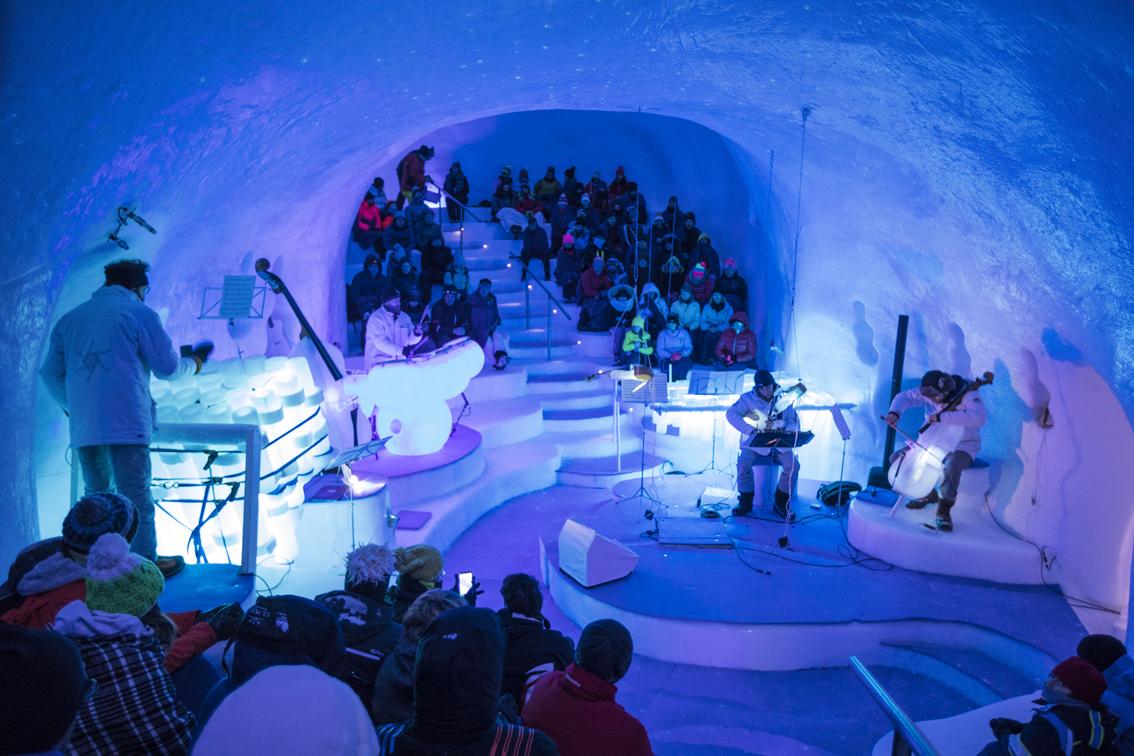 http://www.turismoitalianews.it/images/stories/varie_2019/PontedilegnoTonale_Archivio2019_IceMusic01.jpg