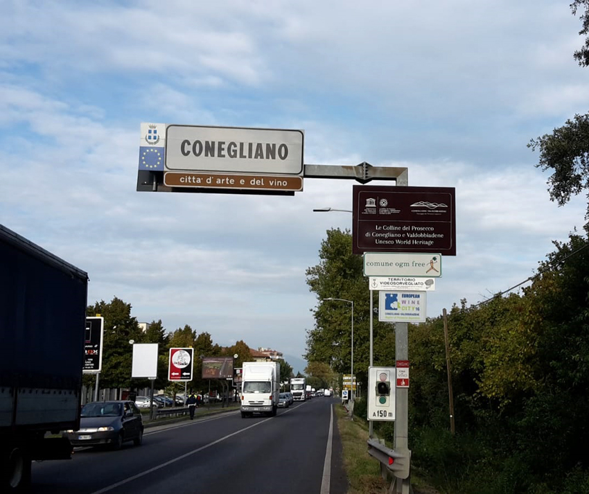 http://www.turismoitalianews.it/images/stories/varie_2020/CollineProseccoUnesco_ConeglianoVialeVenezia.jpg