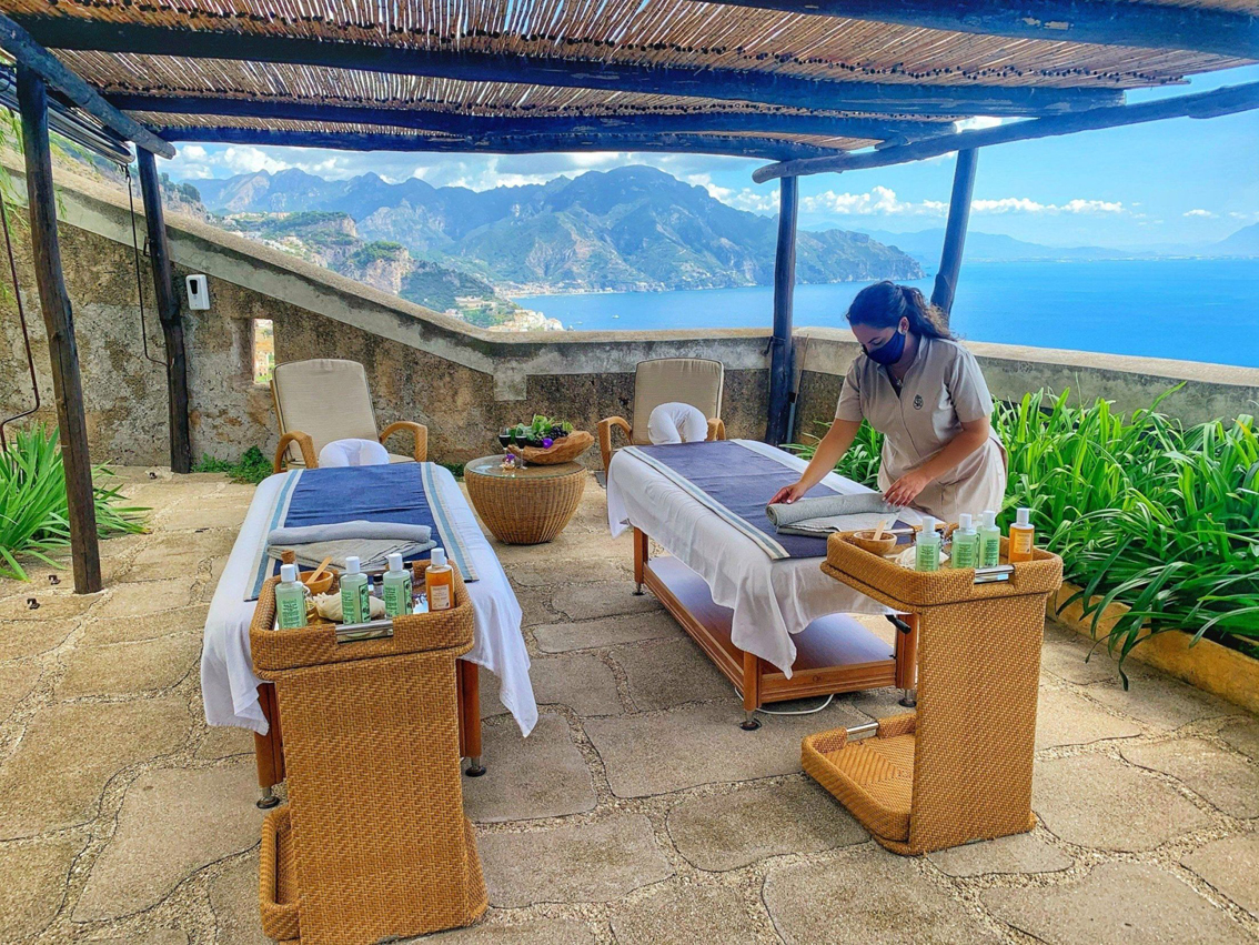 http://www.turismoitalianews.it/images/stories/varie_2020/MonasteroSantaRosa_Spa_DiVine01.jpg