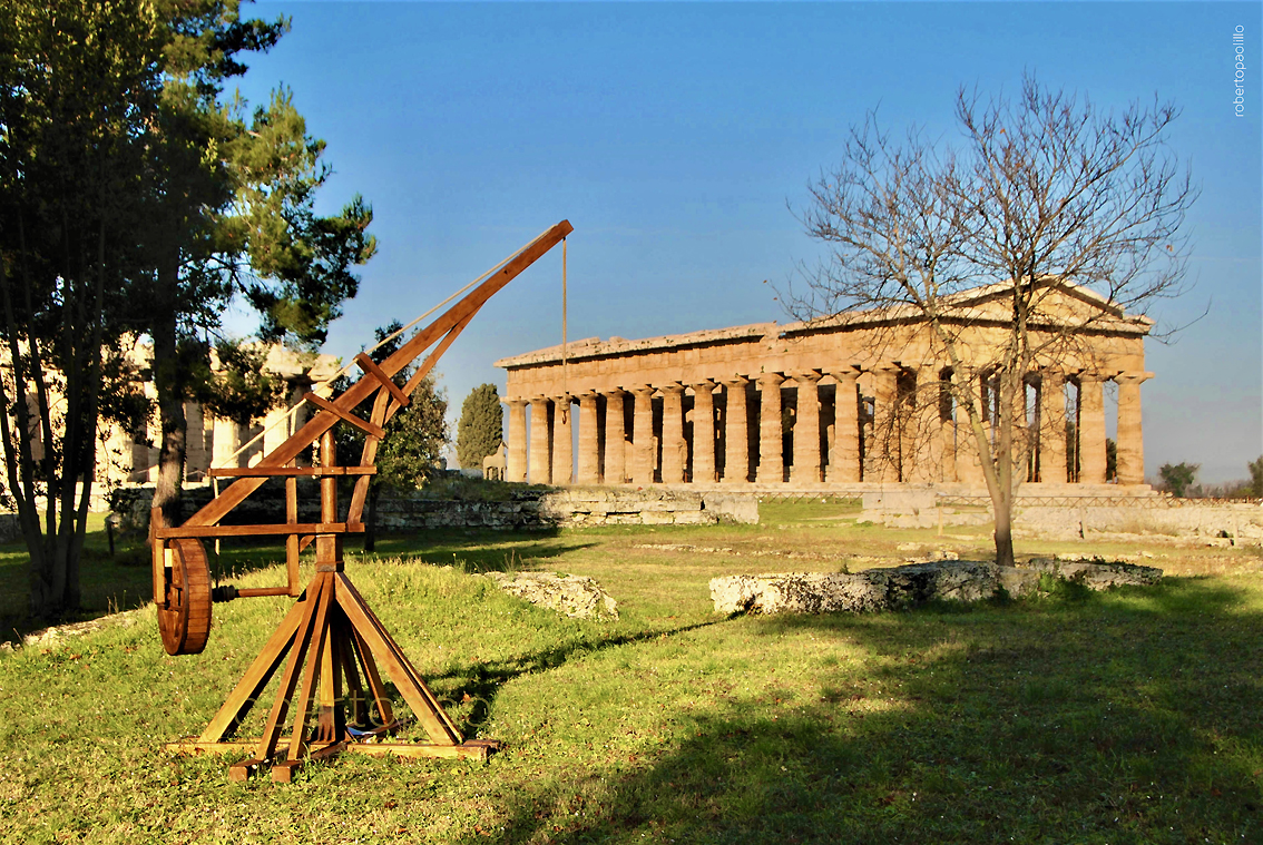 images/stories/varie_2020/Paestum_ParcoDeiPiccoli01.JPG