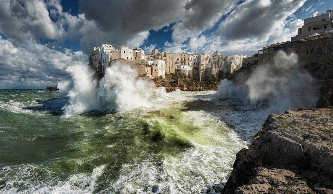 http://www.turismoitalianews.it/images/stories/varie_2020/WikiLovesMonuments_MareggiataPolignano.jpg